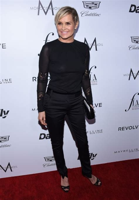 yolanda foster style in clothing yolanda foster 2016 fashion los angeles awards at the