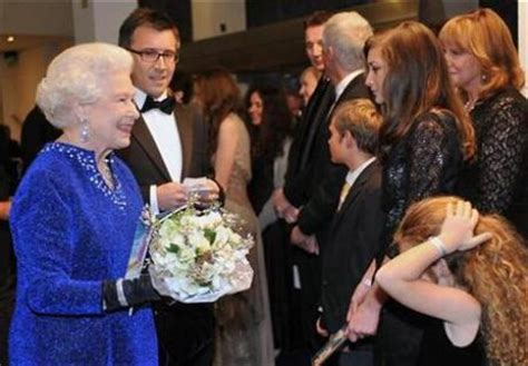 queen film ending queen elizabeth quot shed tears quot at narnia film ending neeson