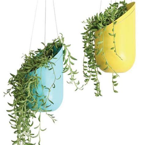 imagenes de jardines con reciclado macetas recicladas para el jard 237 n elblogverde com