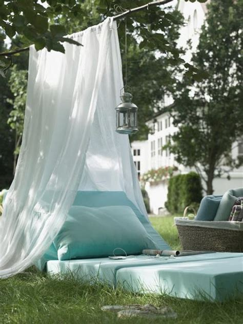 mosquito backyard 33 romantic outdoor canopies and tents made with mosquito