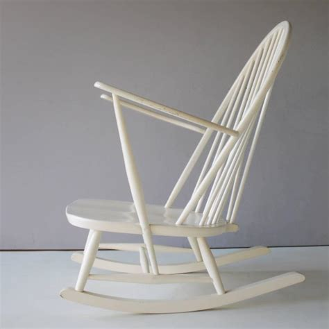 Ercol Windsor Rocking Chair by Rocking Chair By Lucian Ercolani For Ercol For Sale At 1stdibs