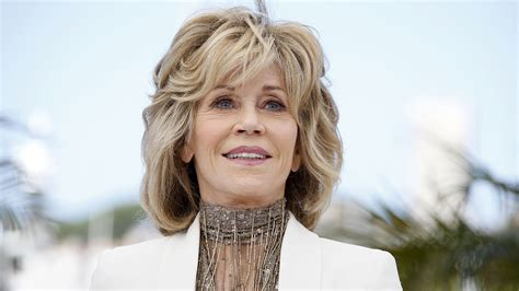 recent jane fonda picture jane fonda 77 looks amazing on cover of w magazine