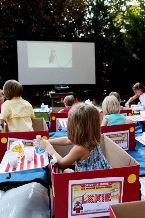easy tips  backyard  theater homemydesign