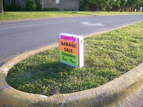 how to advertise for a garage sale with clever signs clever yard