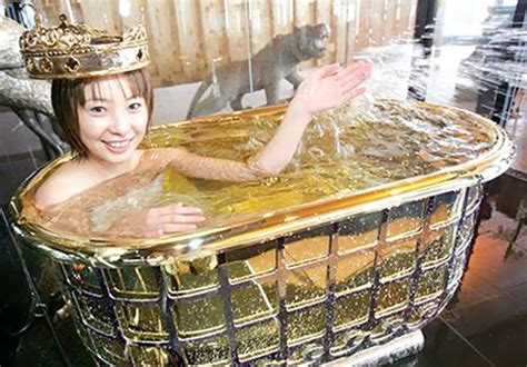 best bathtubs in the world top 10 most expensive bathtubs in the world gold bathtub