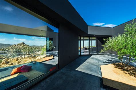Modern Desert Home with Courtyard   Pool and Views
