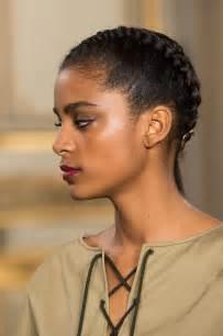 cheveux cr 233 pus fris 233 s ou liss 233 s 21 id 233 es de coiffure