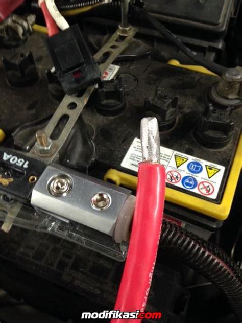 Treatment Di Dokter Mobil Membuat Kelistrikan Menjadi Lebih Stab memperbaiki sistem kelistrikan audio mobil