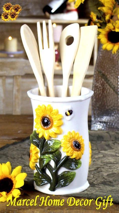 Sunflower Decor For Kitchen by Best 25 Sunflower Kitchen Decor Ideas On