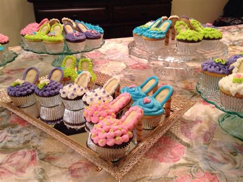 Cupcakes Served By A Fashionista by 25 Best Ideas About Stiletto Cupcakes On