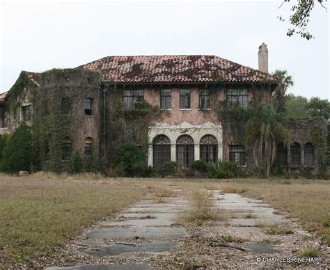 abandoned mansions for sale cheap abandoned howey mansion in howey in the hills florida