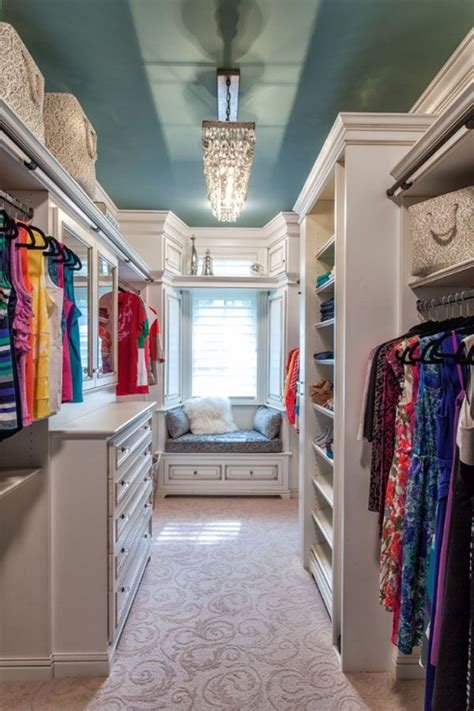 must room items 10 must items that luxury home buyers want most