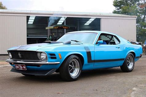 ford mustang boss  todays tempter
