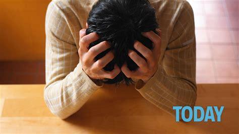 mal di testa in cause cefalea trafittiva le cause e i rimedi per curarla