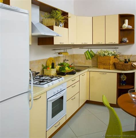 yellow modern kitchen 114 best yellow kitchens images on