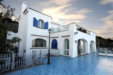 facciate casa casa al mare mediterraneo facciata napoli di