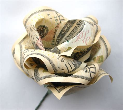 Money Origami Roses - paper displays of affection origami
