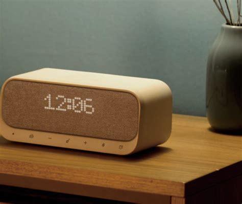 anker soundcore wakey wireless charging alarm clock 187 gadget flow