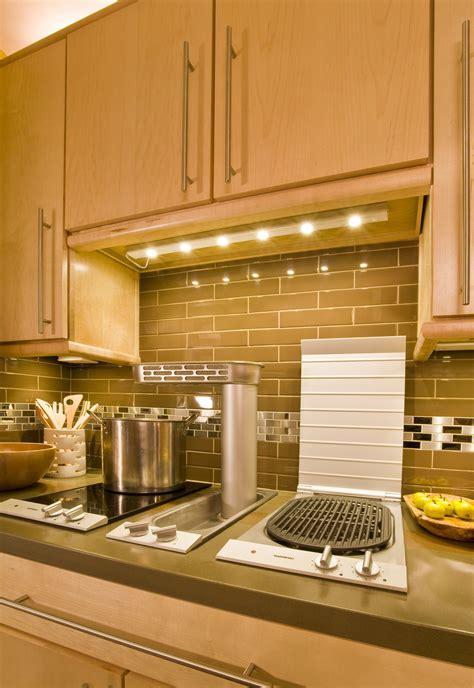 maxim under cabinet lighting maxim lighting 87906sa countermax mx l 30 quot led under