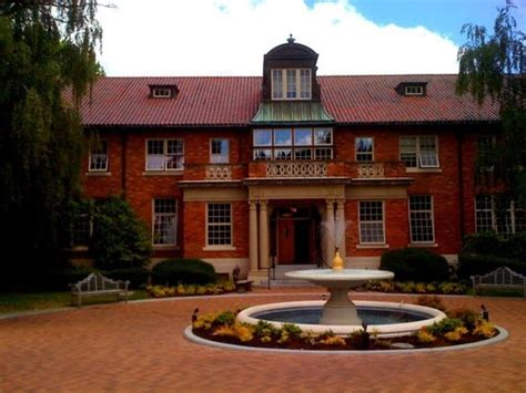 Marylhurst Mba by Marylhurst Colleges Universities