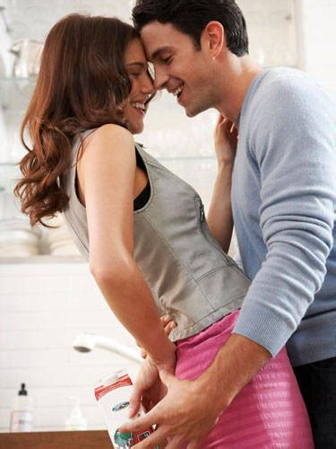 most romantic bedroom kisses best kisses tips for best kiss ever