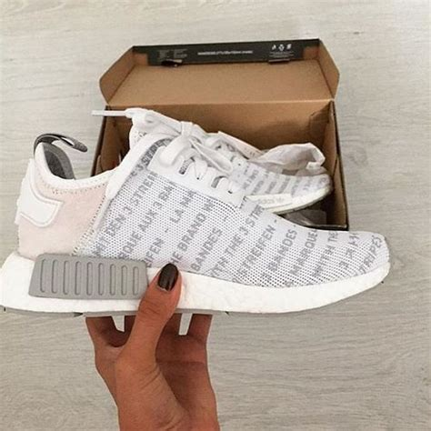 Sepatu Adidas Yeezy Wanita Casual Trendy Made In Import 1000 images about sports wear and adidas on adidas boost running shoes adidas