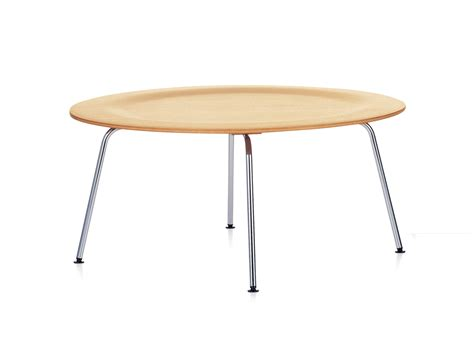 eames plywood coffee table buy the vitra eames ctm plywood coffee table at nest co uk