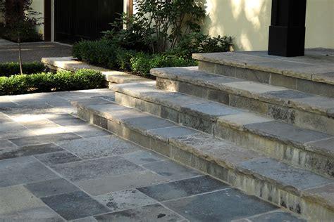 wiarton natural square cut flagstone pavers