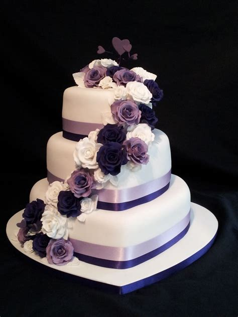 25 best ideas about purple wedding cakes on lavender big wedding cakes purple