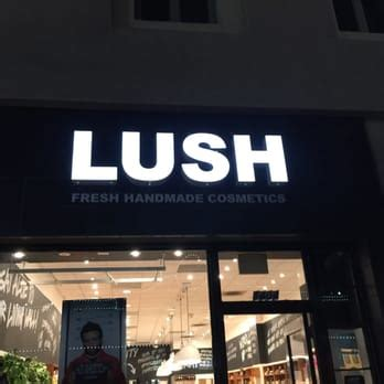 Lush Fresh Handmade Cosmetics Locations - lush fresh handmade cosmetics 57 photos cosmetics
