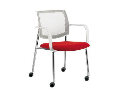 sedia con rotelle sedia visitatore con ruote sedia con ruote serie q 44 by
