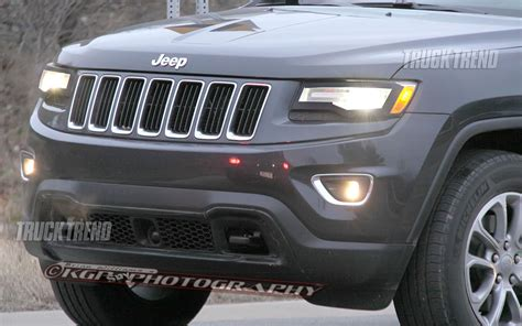 jeep grand front grill 2014 jeep grand spied unadorned truck trend