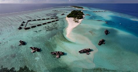 Gili Lankanfushi (1)   HomeDSGN