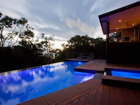 infinity luxurious 3 storey hamilton island house