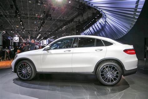 auto coupe 2017 2017 mercedes glc coupe debuts in new york