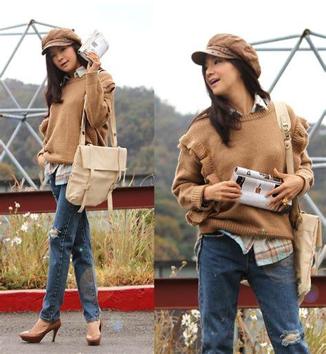 Becky Korean Bag becky baek brown newsboy cap brown frill knit ivory