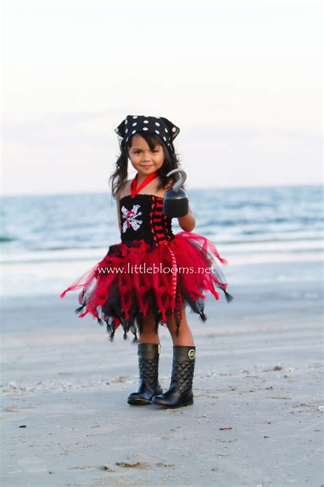25 best ideas about pirate costumes on 25 best ideas about tutu costumes on baby costumes tulle
