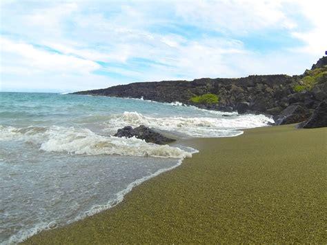 sand beach papakolea the magical green sand beach on the big island