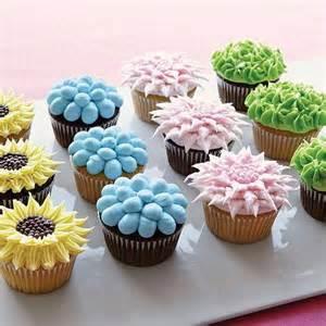 cupcake ideas for wilton course 1 buttercream
