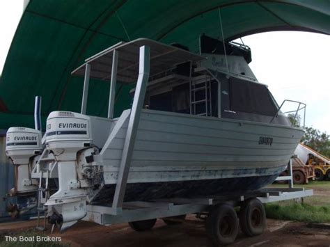 used boats cairns cairns custom craft flybridge cruiser power boats boats