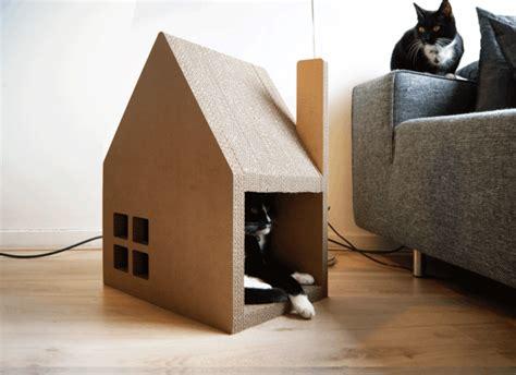 chat haus modernes katzenhaus aus pappe ersetzt erfolgreich den
