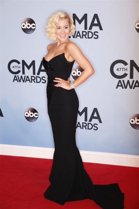 kellie pickler and hunter hayes performing 2013 cma awards street party photos the 47th annual cma awards red carpet arrivals