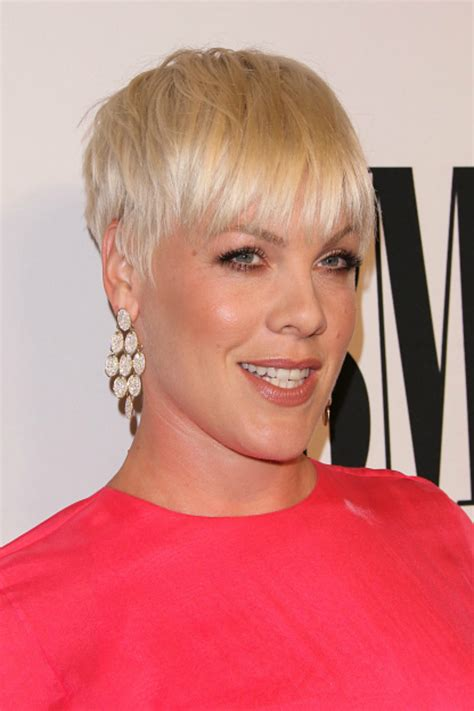 By Phloss On Ubat Trendy Hairstyles Edition View Of Haircuts | 16 short hairstyles for thick hair 2016 women s haircuts