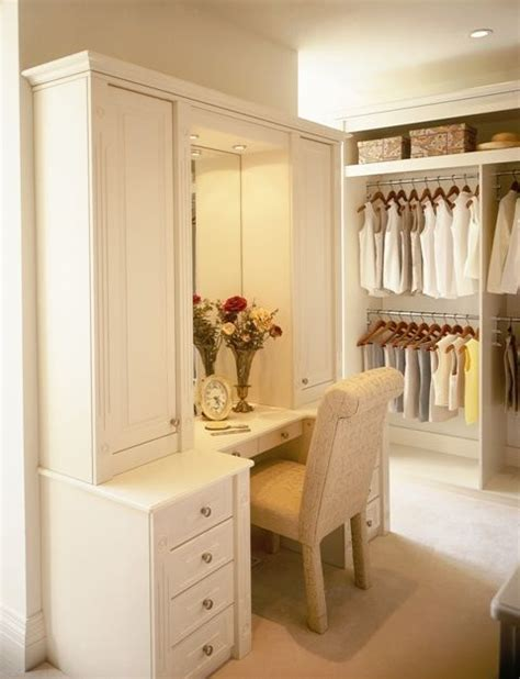 Custom Badezimmer Vanity Ideas by 17 Best Ideas About Closet Vanity On Makeup