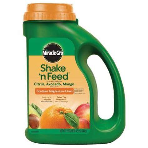 miracle gro shake n feed 4 5 lb citrus plant food 104829