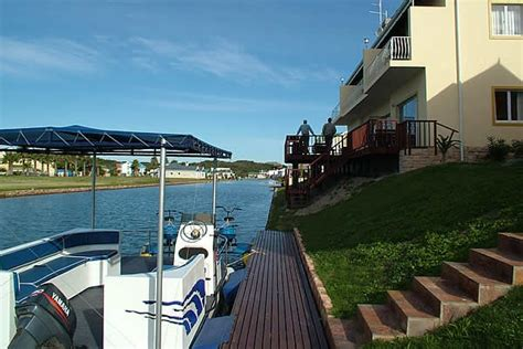 boat cruise jeffreys bay jeffreys bay accommodation marina martinique b b