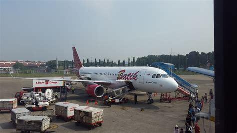 review of batik air flight from jakarta to singapore in review of batik air flight from jakarta to mataram in economy