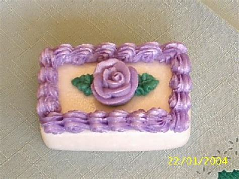 Layer Cake Tart 22 Inch deluxe soap