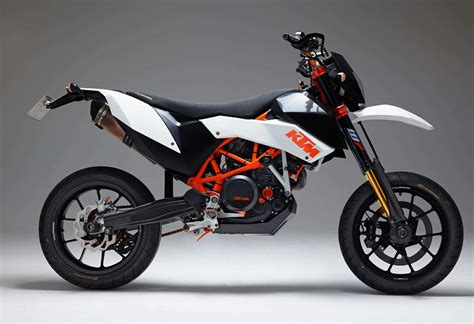 Ktm 690 Sm Specs Ktm 690 Lc4 Supermoto Motorcycle Specifications 2016 Car