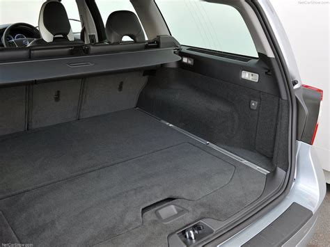 volvo xc picture    boot trunk